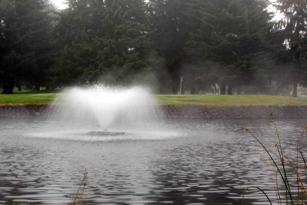 Indian Summer golf course fountain