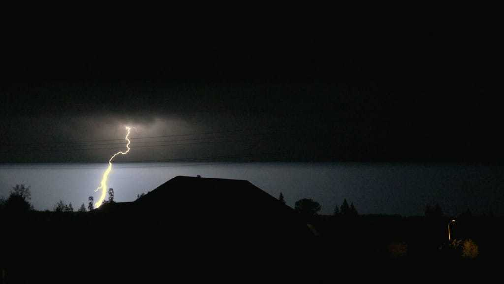 Lightening strikes in Olympia WA!